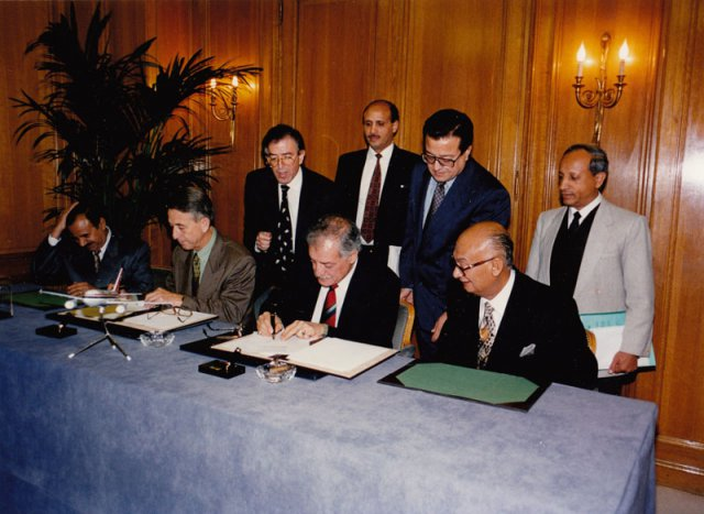 Signing the Airbus Agreement